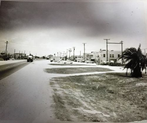 NAS CC South Gate 1949