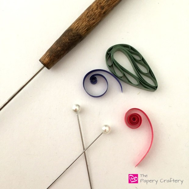 quilling pins and needle tool