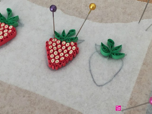 QuillingPaperStrawberry - HowToMakeQuillingPaperStrawberries