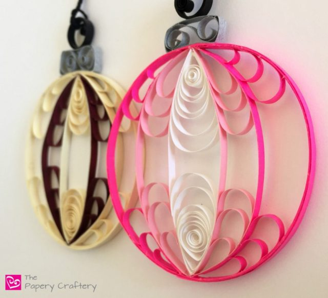 Hot Pink Quilling Paper Christmas Ornaments for a bright and modern addition to your holiday tree!    www.thepaperycraftery.com