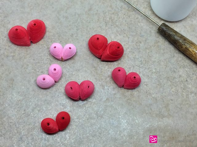 3-D Quilling Paper Hearts || www.thepaperycraftery.com