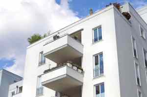 293572783_bigstock-Berlin-Town-Houses-50423903-300x199