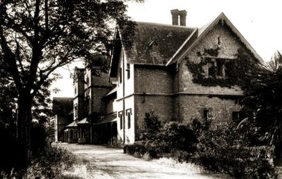 Adelaide Asylum circa 1900.