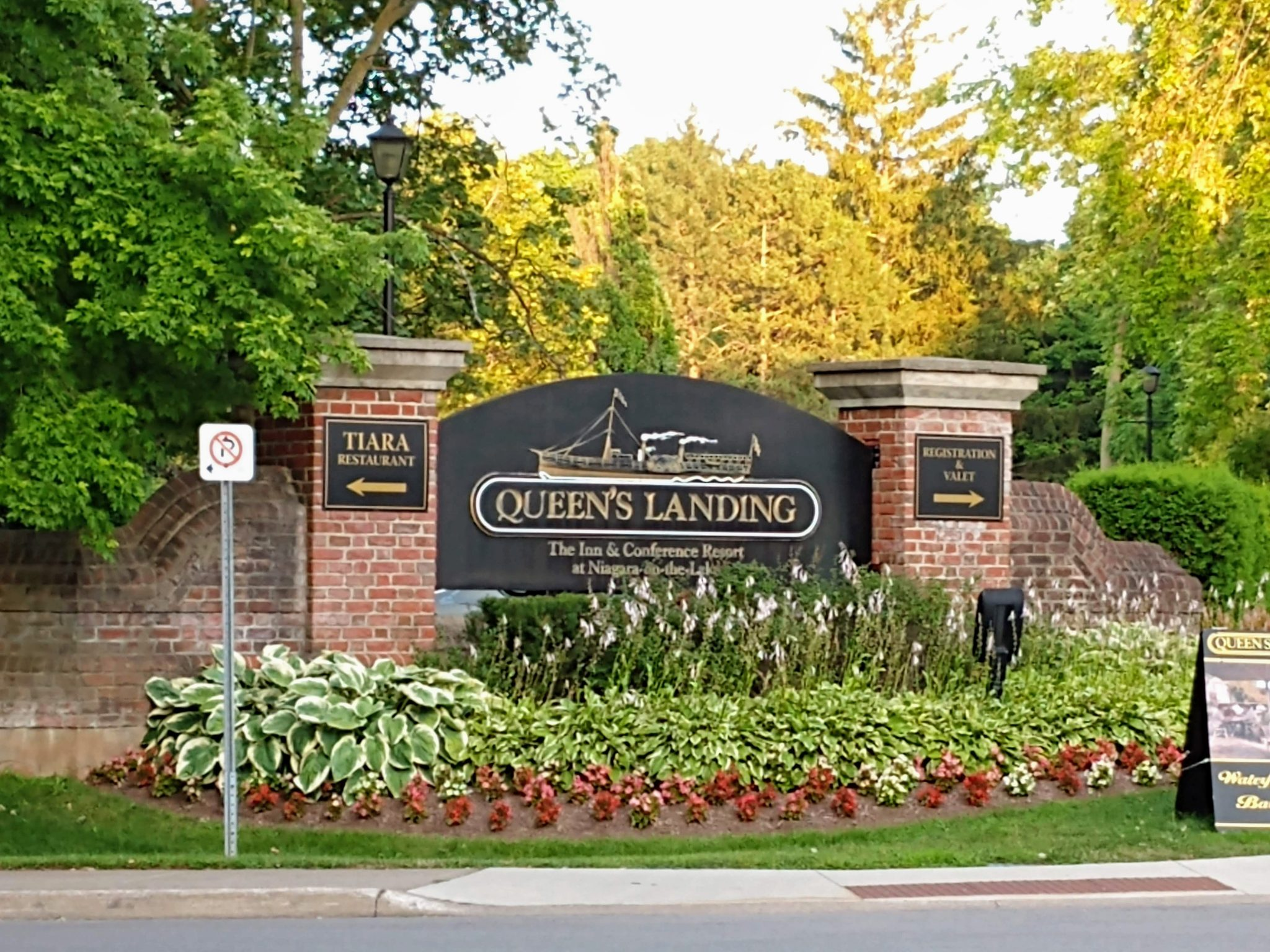 Queen's Landing Hotel Niagara-on-the-Lake Ontario