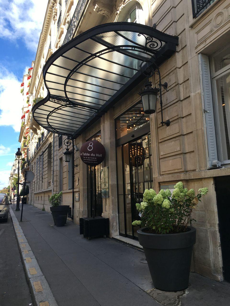 la table du huit le brunch the parisienne. Black Bedroom Furniture Sets. Home Design Ideas