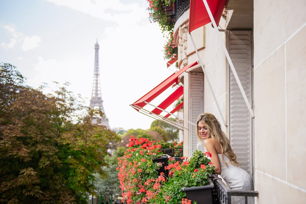Bride getting ready for her elopement in Paris at the Plaza Athenee hotel