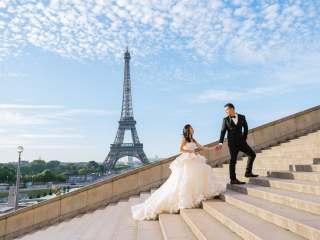 Couple photoshoot themes – Parisian wedding