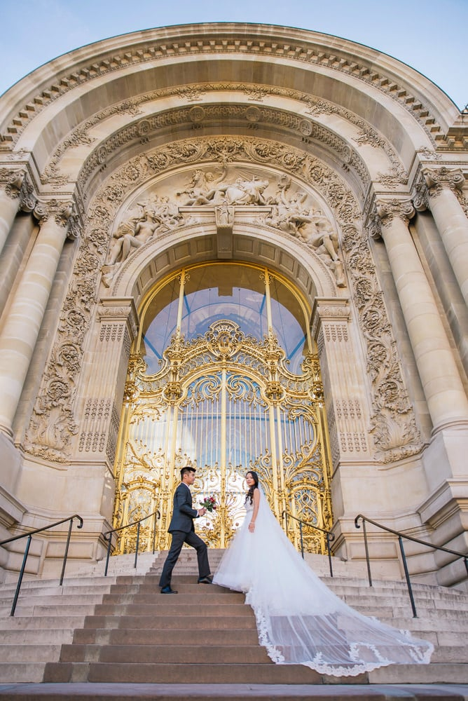pre wedding photography paris golden doors