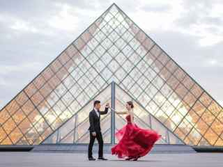 Photography ideas for couples – the magical twirl