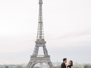couples photoshoot themes - honeymoon photography in Paris