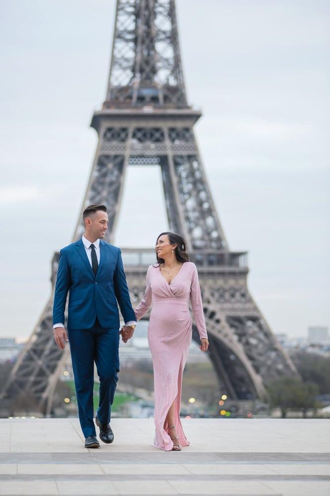 Elegant Paris Maternity Photo Shoot