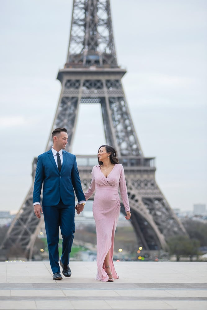 Elegant Paris Maternity Photo Shoot