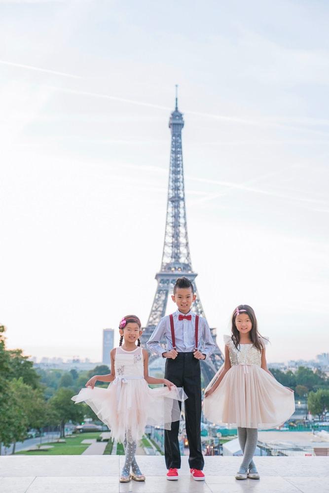 family photo shoot in paris 10