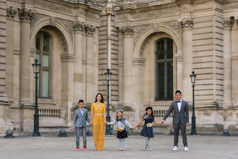 family photo shoot in paris 23