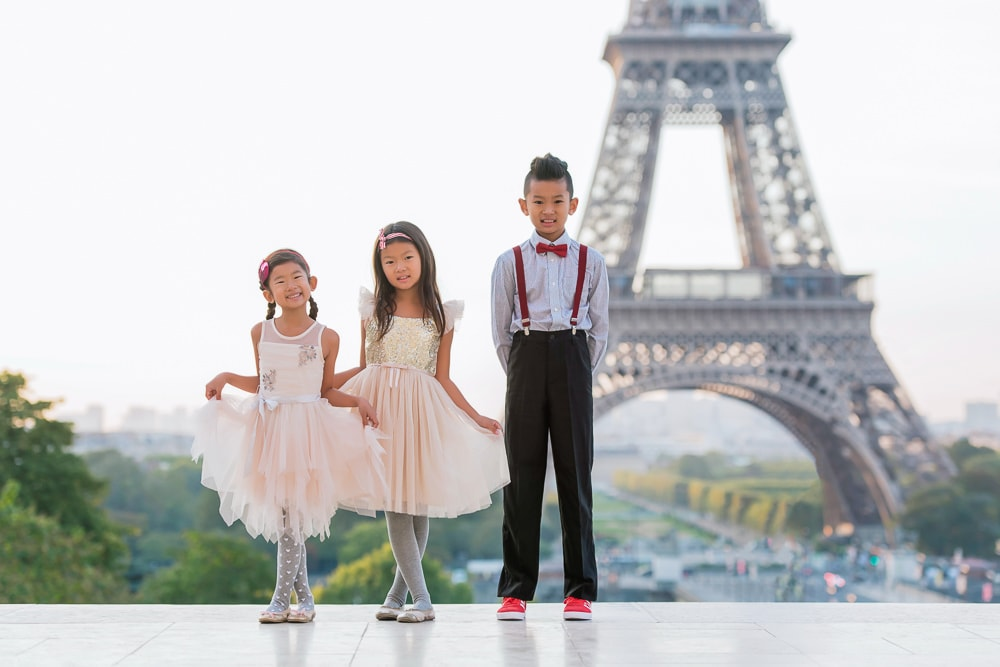 family photo shoot in paris 4