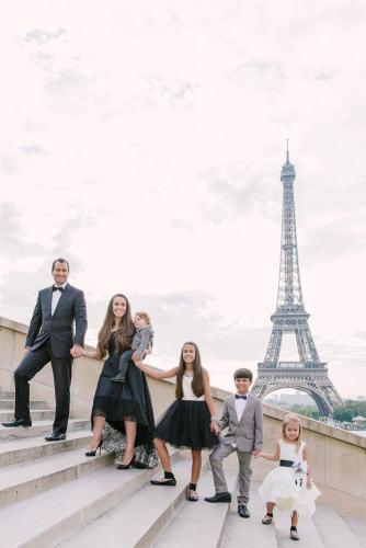 Where to take Family Photos in Paris