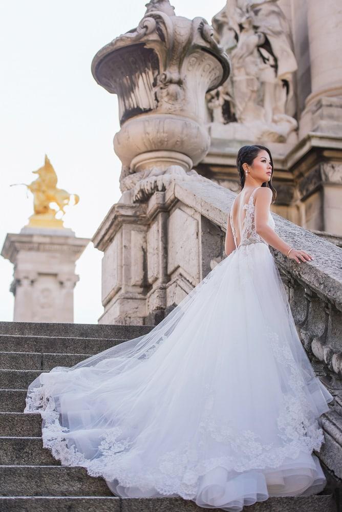 Paris bride captured by Ioana English speaking photographer in Paris