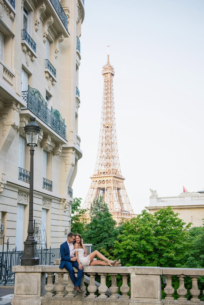 Professional Pose By Couple In Paris Photoshoot