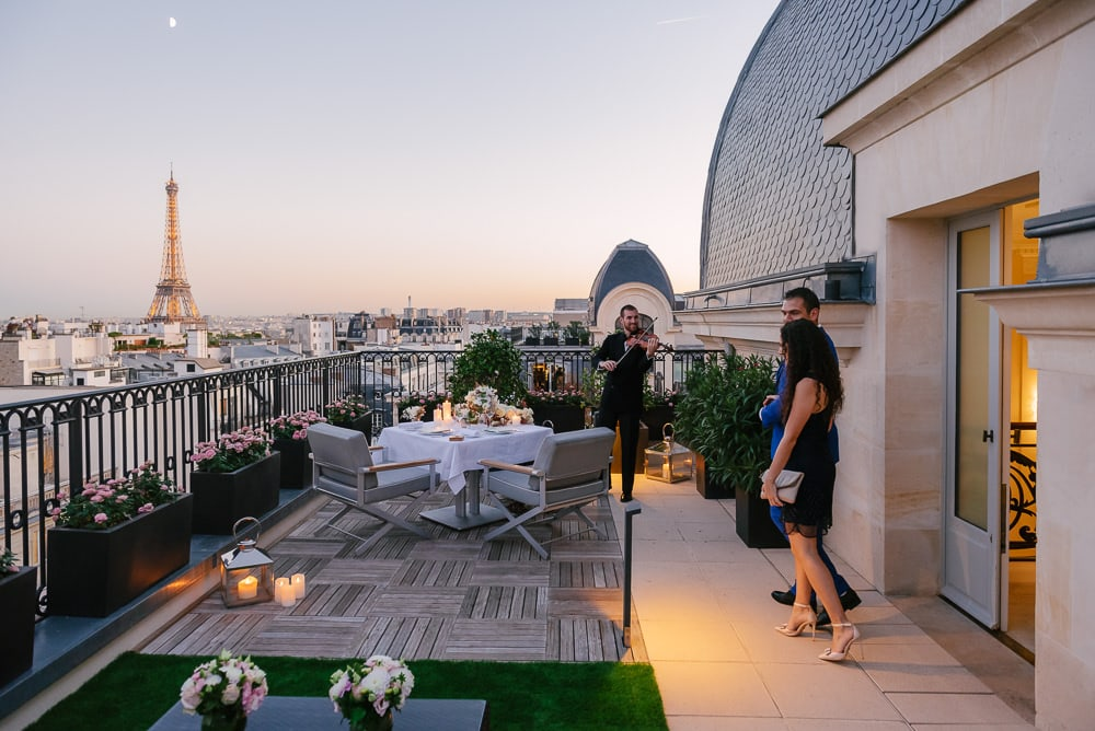 Paris rooftop private terrace thanks to a proposal planner