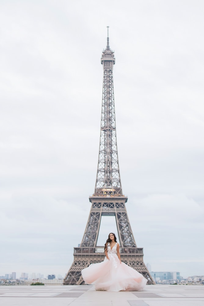 Eiffel Tower portraits for quinceanera