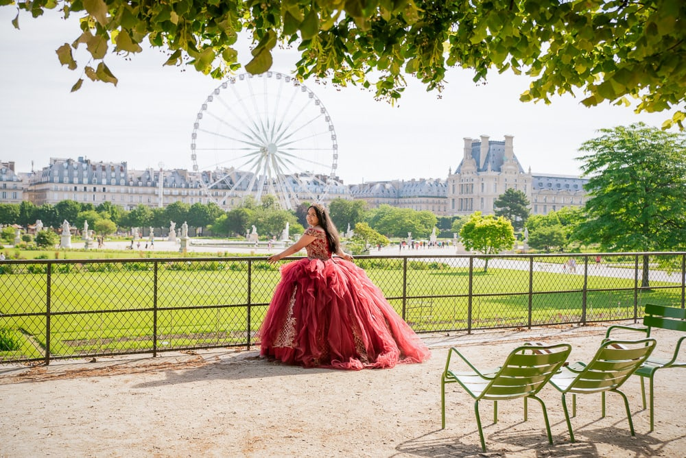 sweet 15 photos in the tuileries gardens
