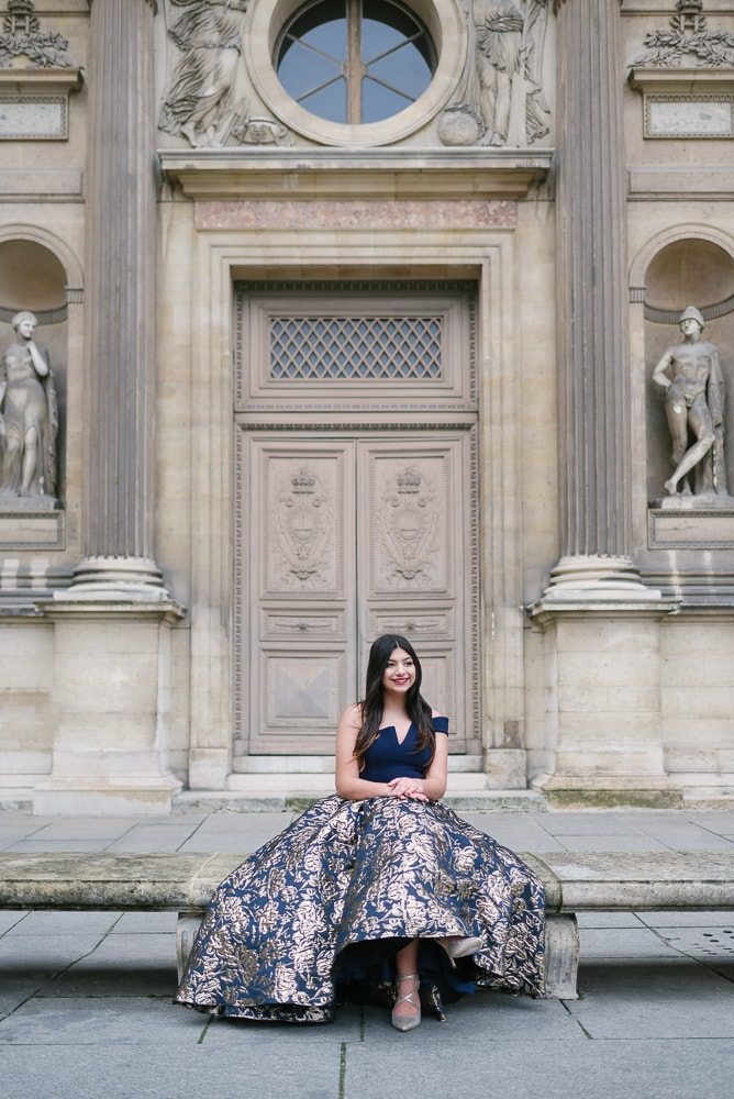 quinceanera photoshoot in paris at louvre