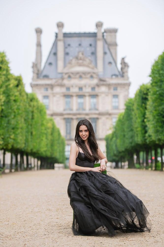 quinceanera picture ideas - travel to Paris for fun