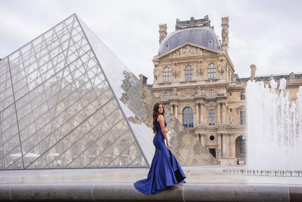 sweet 15 quinceanera with elegant architecture in Paris