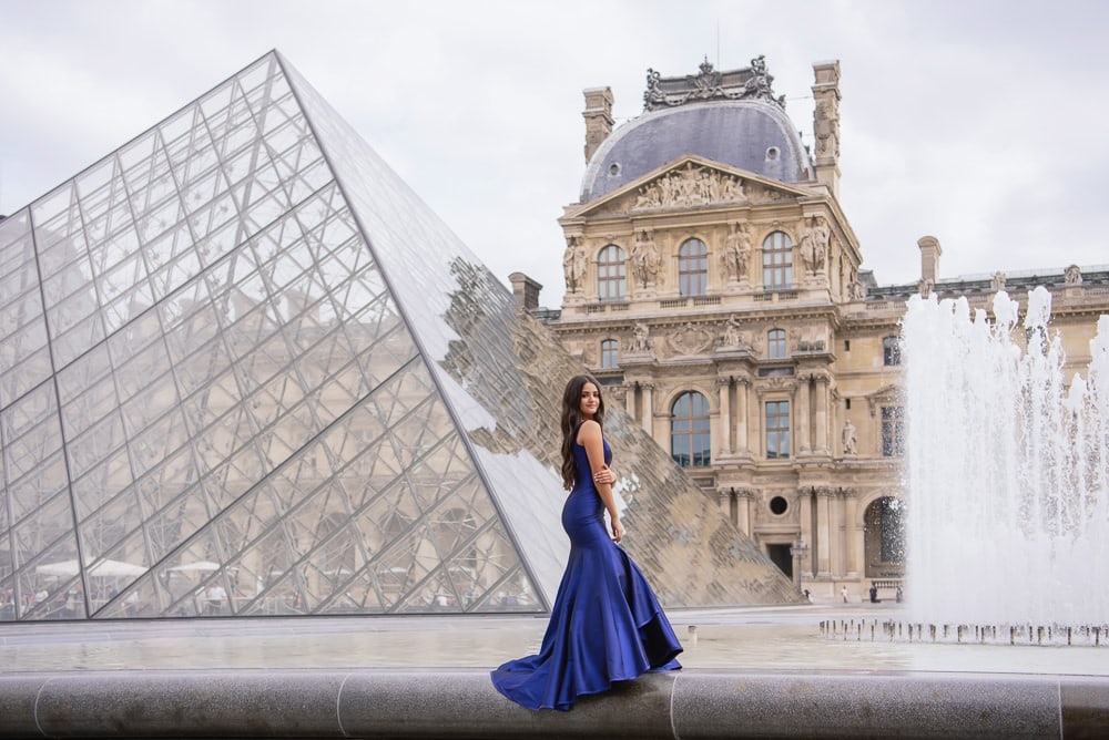 sweet 15 quinceanera with elegant architecture in Paris