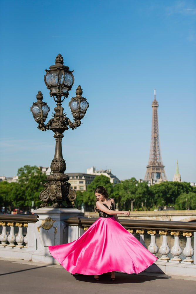 where to take quinceanera pictures on the alexander 3 bridge in paris