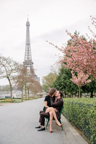 Romantic portraits with cherry blossoms at Eiffel Tower in Paris