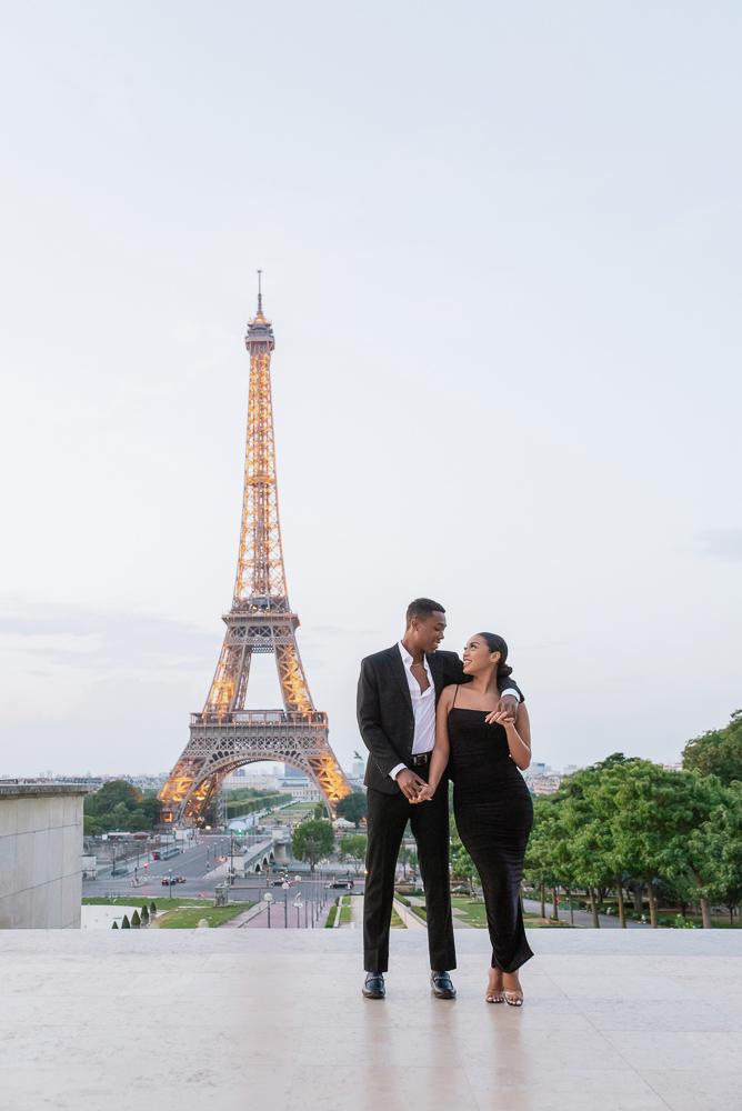 Proposal in Paris Eiffel Tower 1
