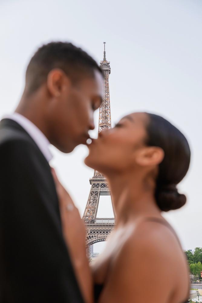 Proposal in Paris Eiffel Tower 18