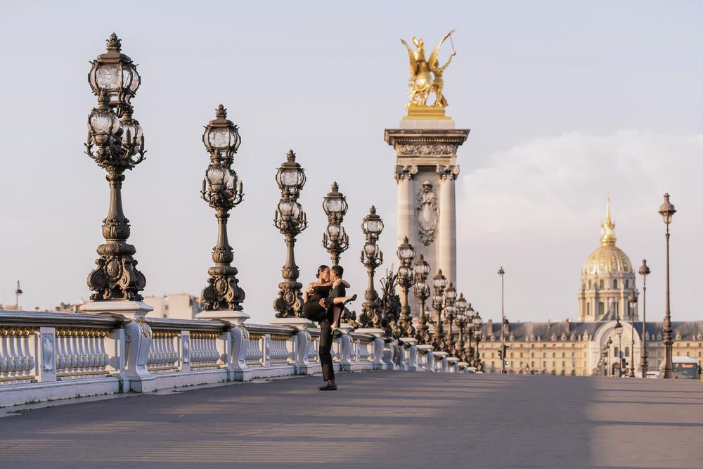 Proposal in Paris Eiffel Tower 27