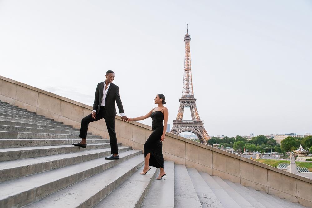 Proposal in Paris Eiffel Tower 8