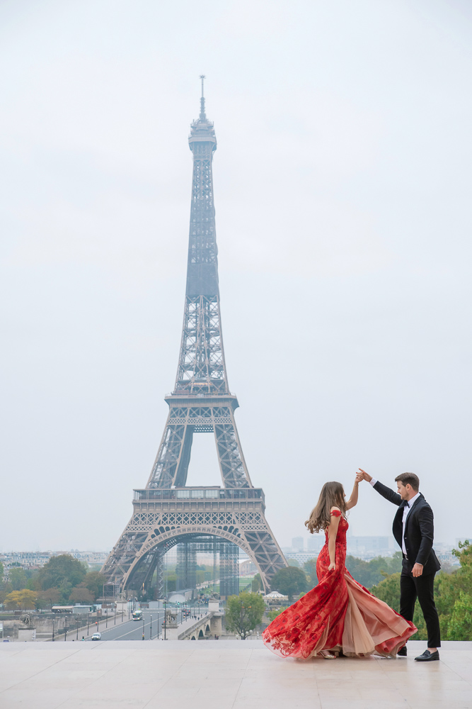Winter wedding photoshoot in Paris by Pierre 13