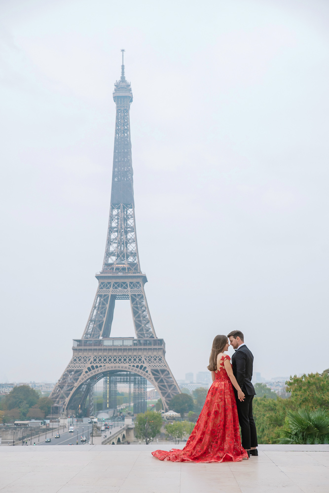 Winter wedding photoshoot in Paris by Pierre 8