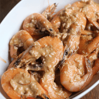 Singapore-Style Salted Egg Shrimps