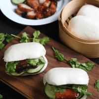 Char Siu On Steamed Buns