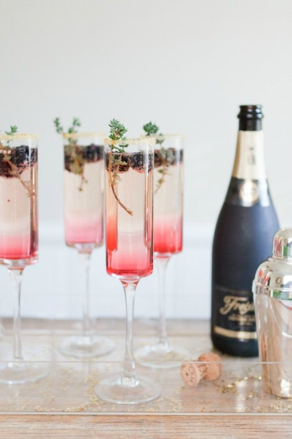 new-years-eve-champagne-cocktails-blackberry-thyme-sparkler