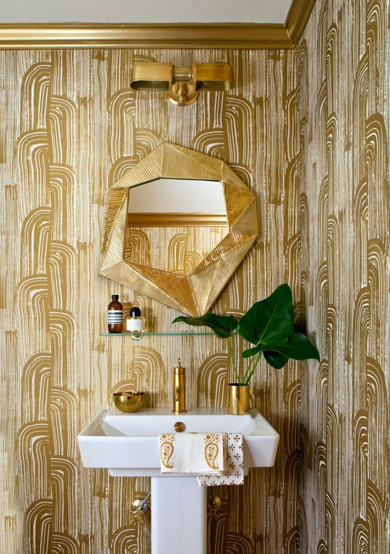 gold-wallpaper-guest-bathroom