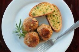 Wild Mushroom Italian Meatballs served with garlic brushetta. Recipe by @petitecook