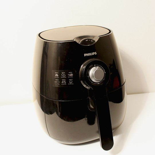 Philips VivaCollection Airfryer review by The Petite Cook