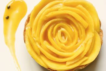 Mango Tart with Passion Fruit Yogurt Mousse - gluten free healthy recipe by thepetitecook.com
