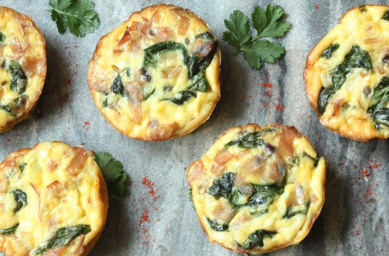 Spring MIni Frittatas- Breakfast, brunch, lunch, snack or dinner, mini frittatas got your back - The perfect stress-free meal is easy, nutritious and ready in just minutes! - recipe by thepetitecook.com