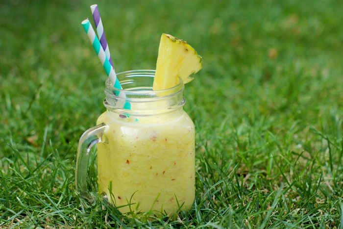 Dairy-free vegan pineapple summer smoothie - A healthy way to power yourself up at breakfast and throughout the day! Recipe by The Petite Cook