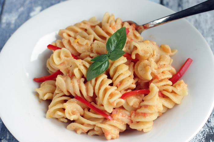 fusilli-with-pepper-pesto