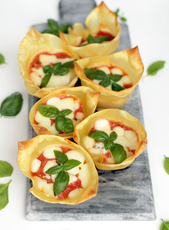 Summer Lasagna Cupcakes - Healthy, quick and easy to make, these savory cupcakes are ready in only 20 mins and packed with fresh summer flavors! Recipe by The Petite Cook