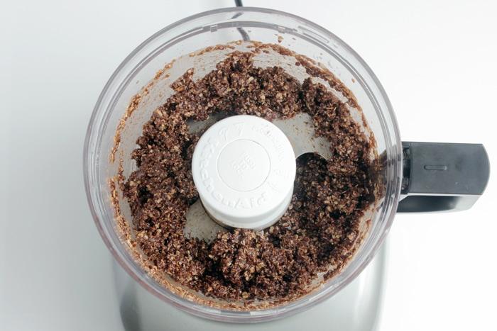 Chokladbollar, Swedish Chocolate Balls preparation, ingredients blended in food processor