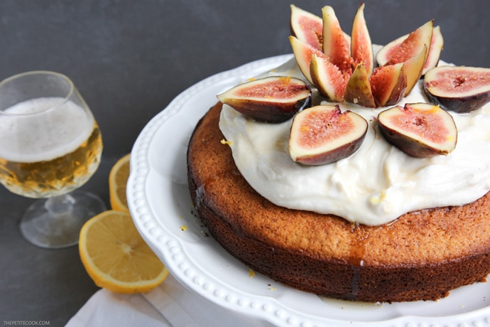 This Lemon Beer Cake with Honey and Figs is a really simple but still impressive dessert, with a citrusy beer note to keep it moist and add extra flavour. It's perfect early in the morning with coffee, or late at night after dinner with a beer, of course. Recipe from thepetitecook.com
